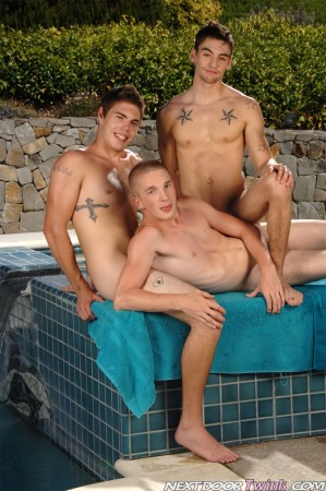 naked-twinks